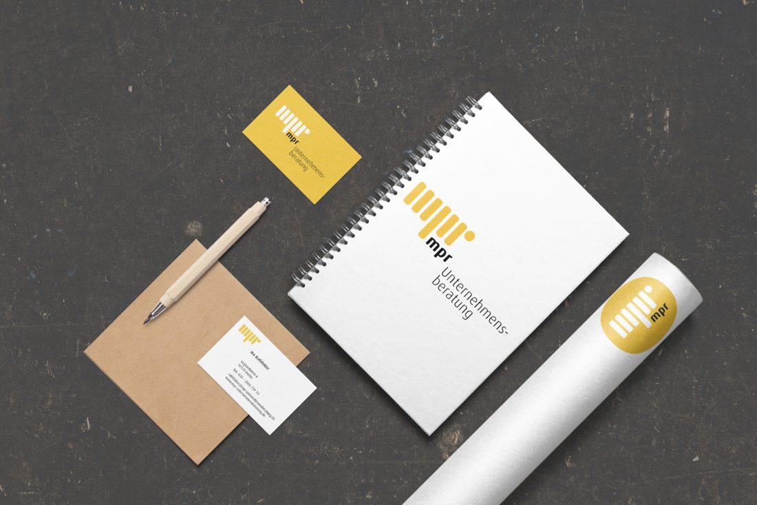 logoentwicklung, geschäftsausstattung, vistenkarten, briefpapier, flyer, grafikdesign, Heike Börner